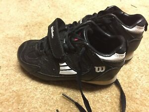 Size 11 toddler soccer shoes like new