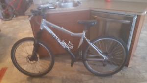 Giant yukon fx bike
