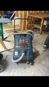 BOSCH CONCRETE VACUUM WITH GRINDER