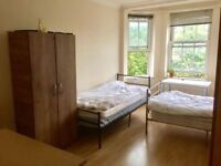 Luminous and spacious room for two in the heart of Camden! Low deposit, no agency!