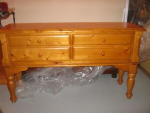 2 TABLES EN PIN NEUVES-2 PINE TABLES BRAND NEW
