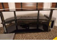 ***MINT CONDITION BLACK GLASS TV UNIT STAND ***