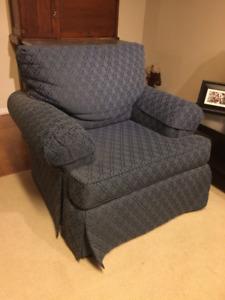 Comfy Arm Chair