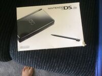 NINTENDO DS Lite boxed but has been used a few times with Brain teaser game