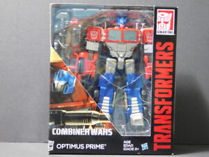 Transformer Combiner Wars Optimus Prime red/blue MISB $70