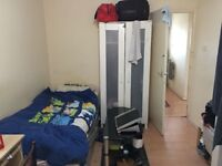 Single bed to rent in a room share at Whitechapel , E1