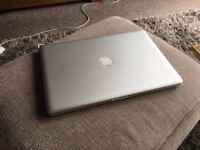 Mac Book Pro 15 inch i7
