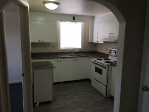 2 Bedroom 1 Bath East End Pembroke  Available August 1st