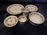 Royal Albert Daisy pattern china set - Tea Cups, Saucers, Side Plates, etc