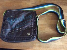 New York Yankees Long Shoulder Bag