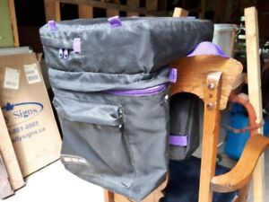 CCM Cycling Bag - Several pockets, Seat Cushion included