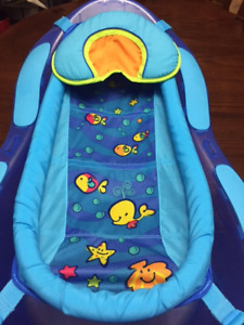 Fisher Price Baby bath tub For Sale.