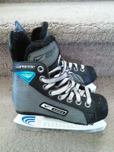 Nike Bauer Supreme pro hockey skates size youth size 11