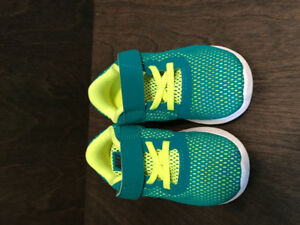 Nike Free RN Toddler Boys' Sneakers Size 9