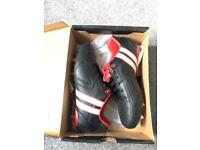 PATRICK rugby boots (new / UK size 9)
