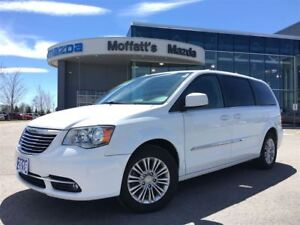 2016 Chrysler Town & Country Touring LEATHER, POWER SLIDING DOOR