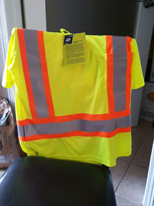 Men's high visibility clothing