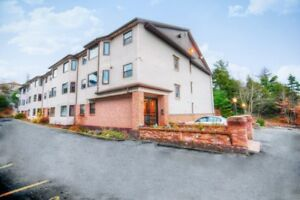 Great 1 Bedroom Suite Available in Bedford