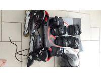Inline skates, helmet and pads set