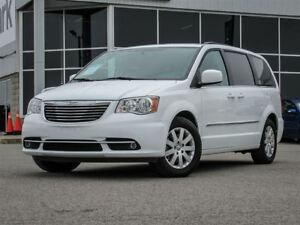 2015 Chrysler Town & Country Stow N Go| Captain Chairs| 3rd Row|