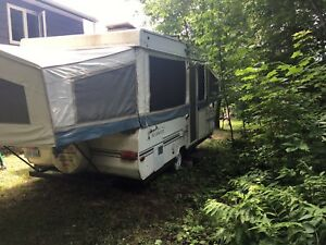 Great condition trailer pop up camper