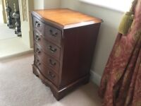 Mahogany Chest of Drawers (Small)