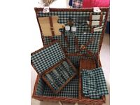 Picnic Basket - Wicker Basket