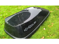 Halfords 470L roof box. A few surface scratched but otherwise in good condition.
