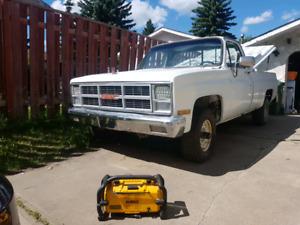 1984 gmc k10 4x4 with 350 4 bolt main