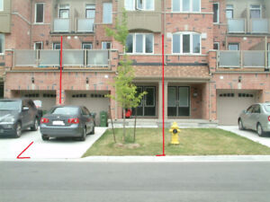 Beautiful 1 Yr old Townhome FOR RENT 3-BDRM + DEN