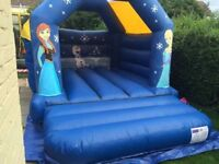 Bouncy castle 4 hire