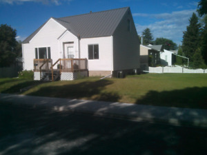 Room for rent in beautiful Hazeldean. South Central. University