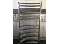 Curved towel radiator 1150 x 600