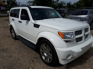 2010 Dodge Nitro SXT-Leather-Sunroof- Remote Starter