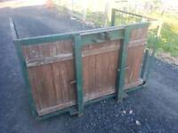 Tractor three point linkage transport link box