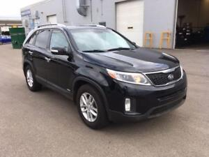 2014 Kia Sorento - FINANCING AVAILABLE! CALL 780 918 2696