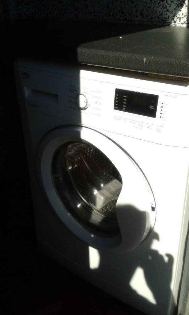 BECCO WASHING MACHINE AS NEW ONLY USED AT CARAVAN