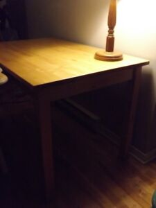 Table de cuisine/Kitchen table