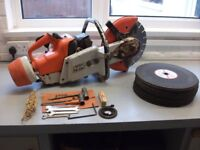 Stihl Saw TS350 - Spares or Repair. Comes with Diamond Tipped Blade and 20 x Spare blades.