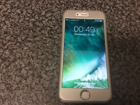 iPhone 6 in white and gold