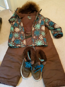 Girls snowsuit and boots