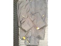 Black Women's super dry jacket size small.
