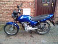2006 Honda CG 125 motorcycle, new 12 months MOT, very good runner, learner legal, bargain, not cbf,,