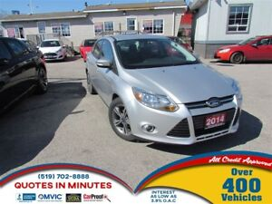 2014 Ford Focus FORD   FOCUS   SE   MUST SEE