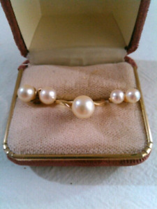 14k gold pearl ring and earings
