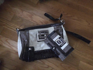Guess purse lot for sale