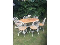Lovely farmhouse table & 6 chairs