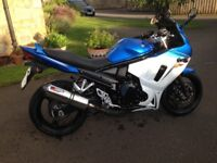 Suzuki GSX 650 F A Blue and White 2013 in Very Good condition, low mileage and MOT until April 2018