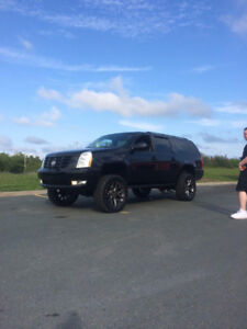 2008 lifted  Cadillac Escalade SUV, Crossover