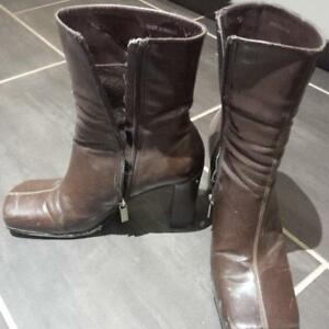 Size 39 (8.5) Brown Leather Boots from Aldo